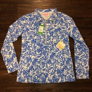 Lilly Pull over with tags